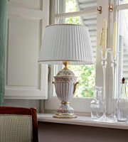 Настольная лампа Le Porcellane 3423