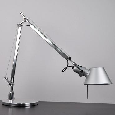 Светильник настольный Artemide TOLOMEO mini tavolo con base alluminio