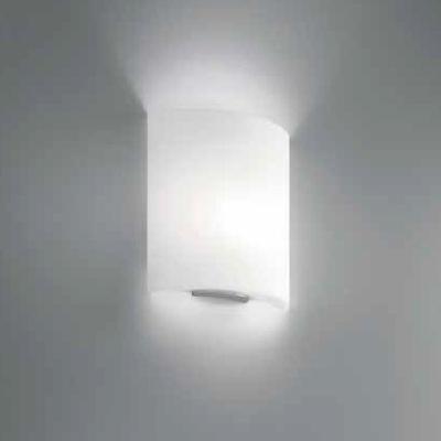 0705260163602 Leucos Idea бра Celine P35, белое стекло, 33х12х35см, 1x150W E27, арматура никель