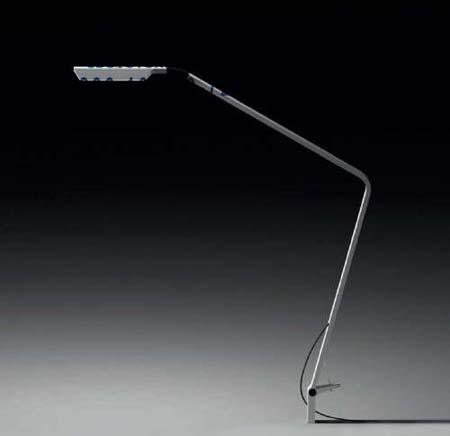 0755-03 настольная лампа Vibia