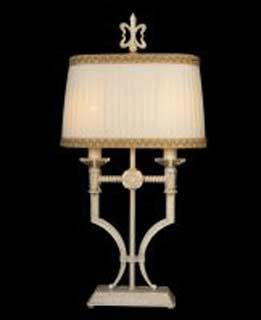 La lampada T 484/2.17 Paderno luce