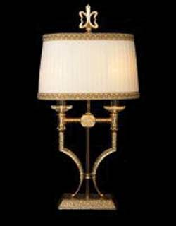 La lampada T 484/2.26 Paderno luce